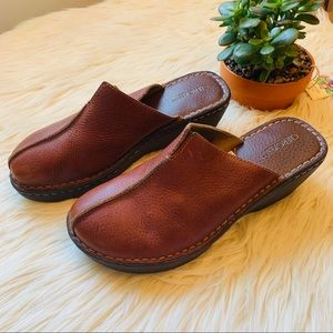 Cherokee leather clogs mules size 8.5